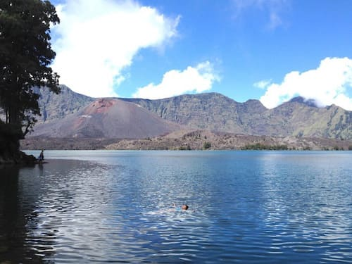 mt-rinjani-lake