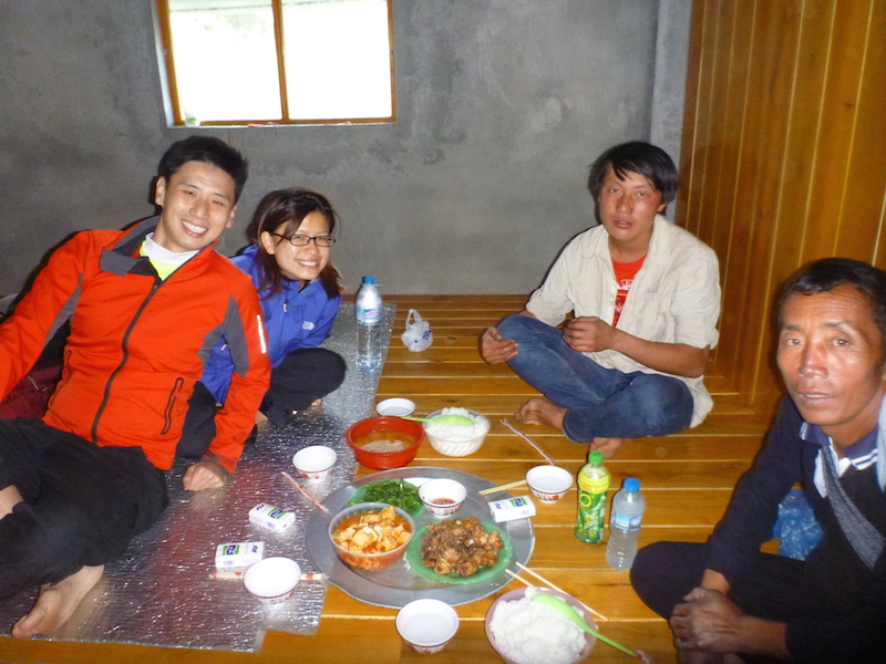 Dinner with Ming, our guide and Pai, our porter