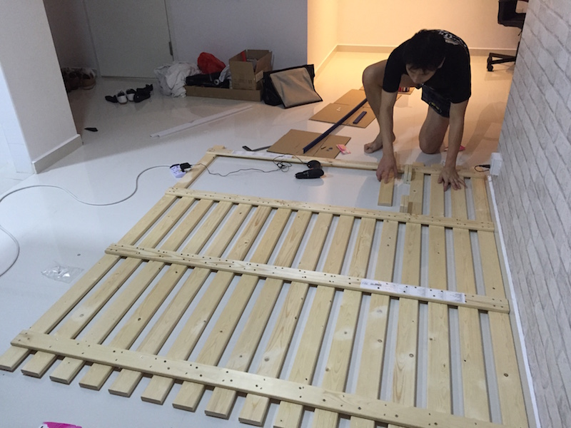 House hack 1 multipurpose wooden partition ladyexplorer - Tete de lit 90 cm ikea ...