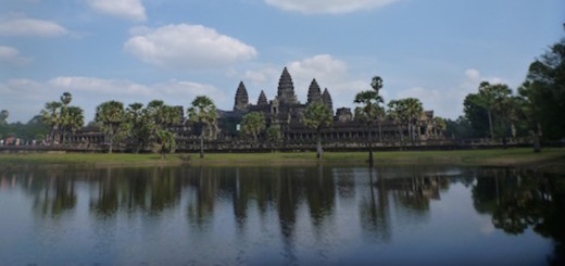 how to get to angkor wat from phnom penh