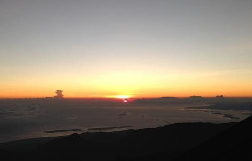 mt-rinjani-sunrise