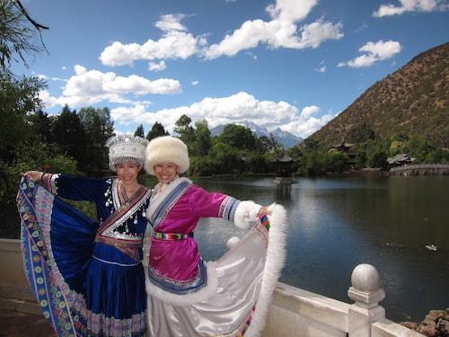 lijiang-costumes