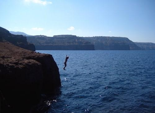 Santorini-Cliff Dive