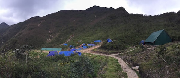 Fansipan-base-camp