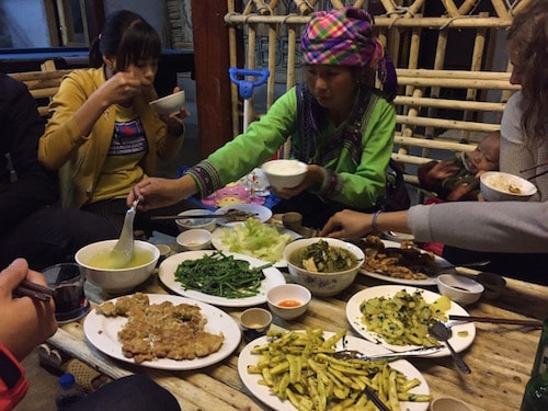 Sapa-homestay-dinner