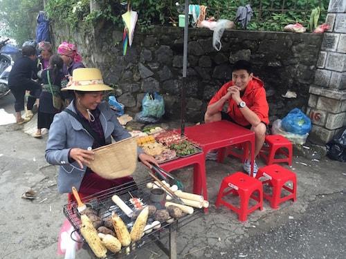 Sapa-street-food